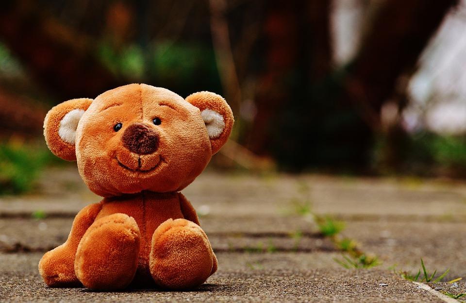 6 игрушек, которые не надо давать ребенку в детский сад