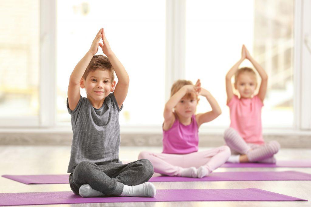 Йога для дітей: користь, поради, обмеження